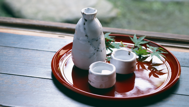 Rượu Sake Nhật được làm từ gì? Bao nhiêu độ? Để được bao lâu?