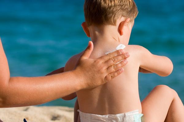 Kem chống nắng sun bears strong cool plus có an toàn cho trẻ em ?