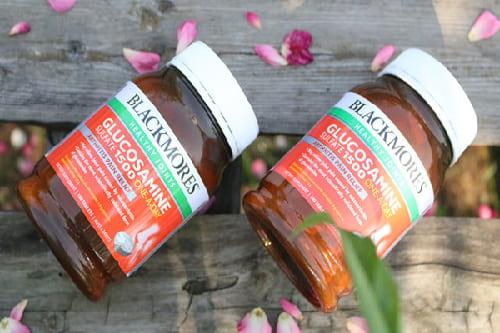 Thuốc bổ xương khớp Blackmores Glucosamine có tốt không-3