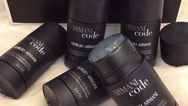 Lăn khử mùi nam Armani Code có tốt không?