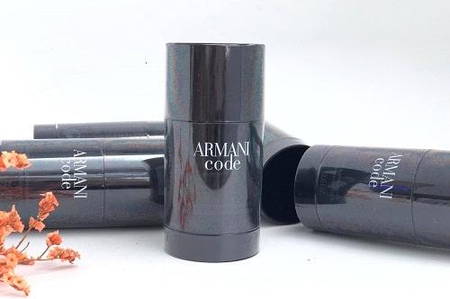 Lăn khử mùi nam Armani Code có tốt không-2