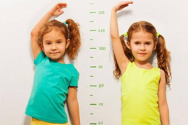 Ostelin Calcium & vitamin D3 dạng nước cho bé trên 7 tháng 3
