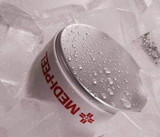 Thanh lăn lạnh Medi Peel 28 Days Cooling Skin Hàn Quốc 3