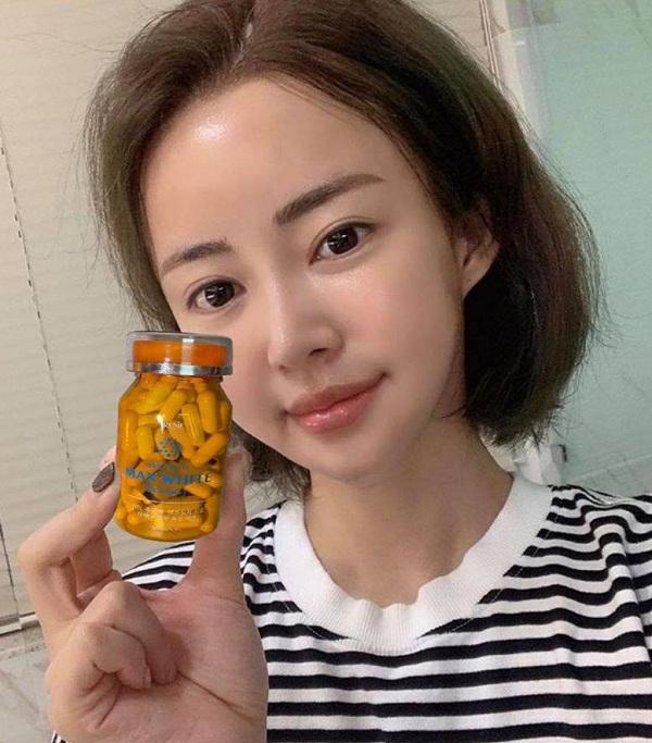 Viên uống trắng da Max White Plus 2020 Hàn Quốc sau 1 tháng 2