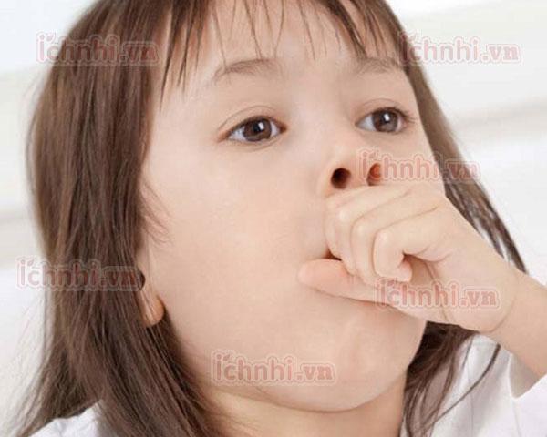 Cách phòng và điều trị trẻ bị cảm lạnh ho sổ mũi vào mùa mưa1