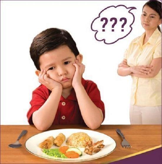 Vitamin cho bé biếng ăn Centrum Kids Incremin 200ml của Úc 1