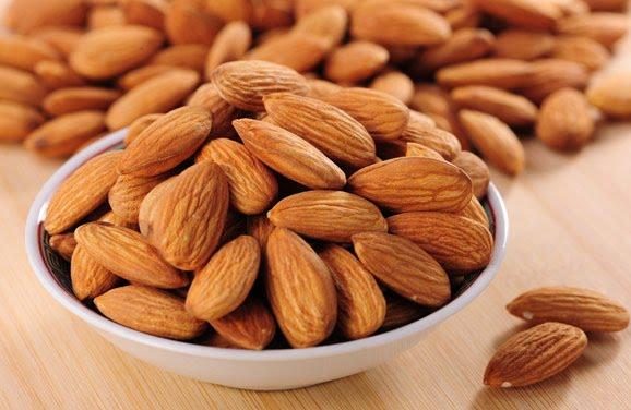 Hạnh nhân Kirkland Almonds 1,36kg của Mỹ - Giá tốt 1