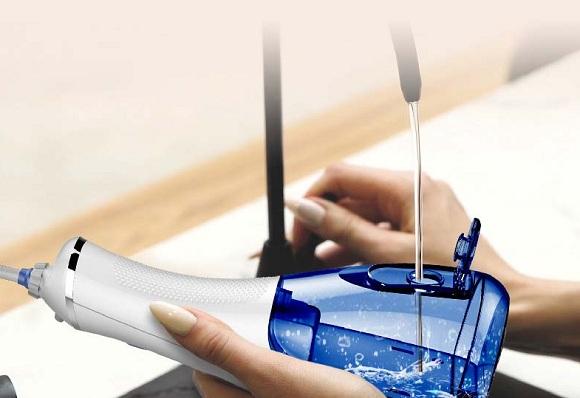 Máy tăm nước Waterpulse V400 Plus có tốt không? 8