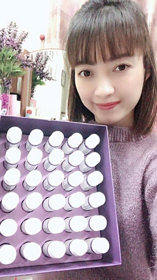 Collagen nhụy hoa nghệ tây review chi tiết từ khách hàng 5